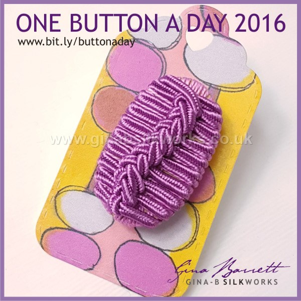 Day 303: Slither #onebuttonaday by Gina Barrett