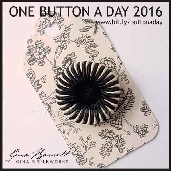 Day 320: Cocktail #onebuttonaday by Gina Barrett