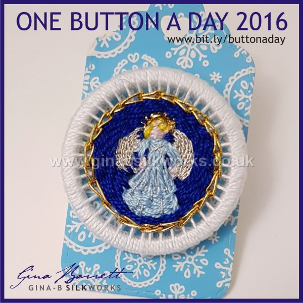 Day 359 : Gloria #onebuttonaday by Gina Barrett