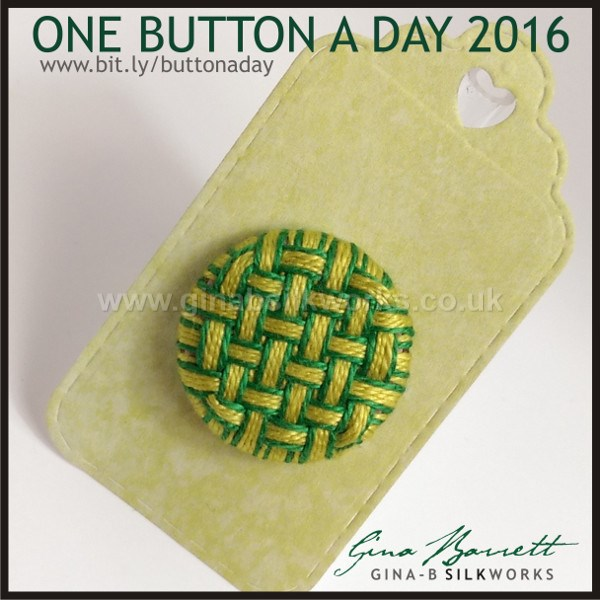 Day 9 : Basket #onebuttonaday by Gina Barrett