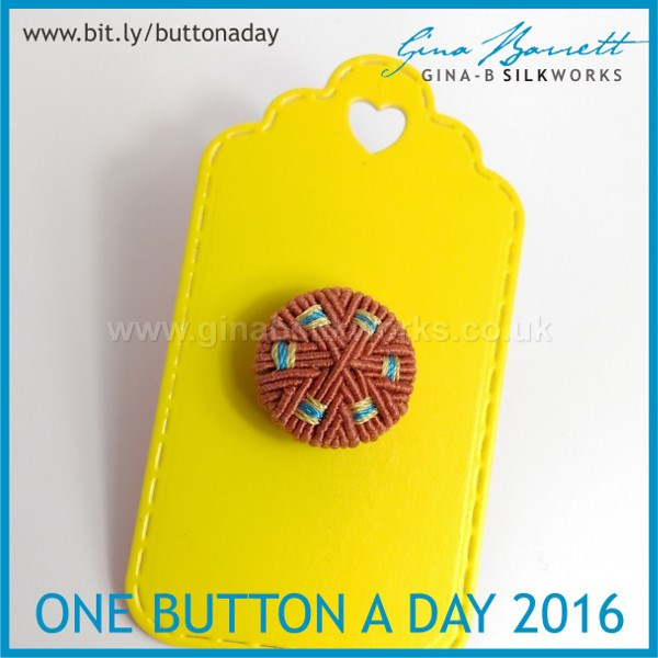 Day 34: Circuit #onebuttonaday by Gina Barrett